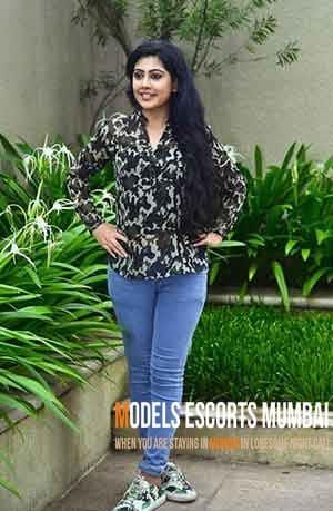 VIP Call Girls in Mumbai